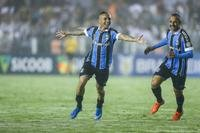 Everton se destaca no ataque do Grêmio