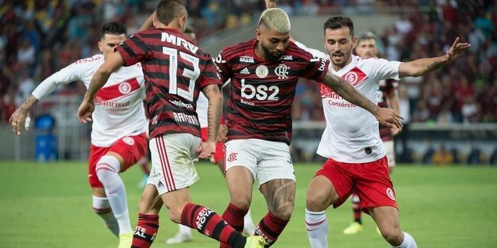 Inter Perde Por 3 A 1 Para O Flamengo Em Jogo Polêmico E Nervoso