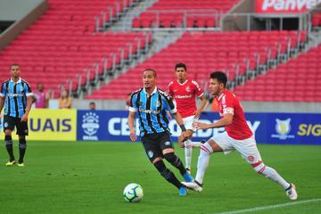 Grêmio chegou a perder pênalti, e jogo de ida terminou empatado em 0 a 0