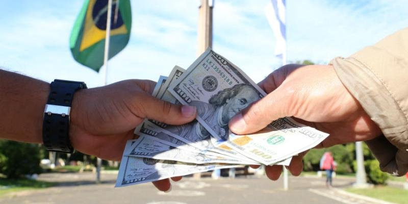 Governo quer dobrar o limite de compras em free shops