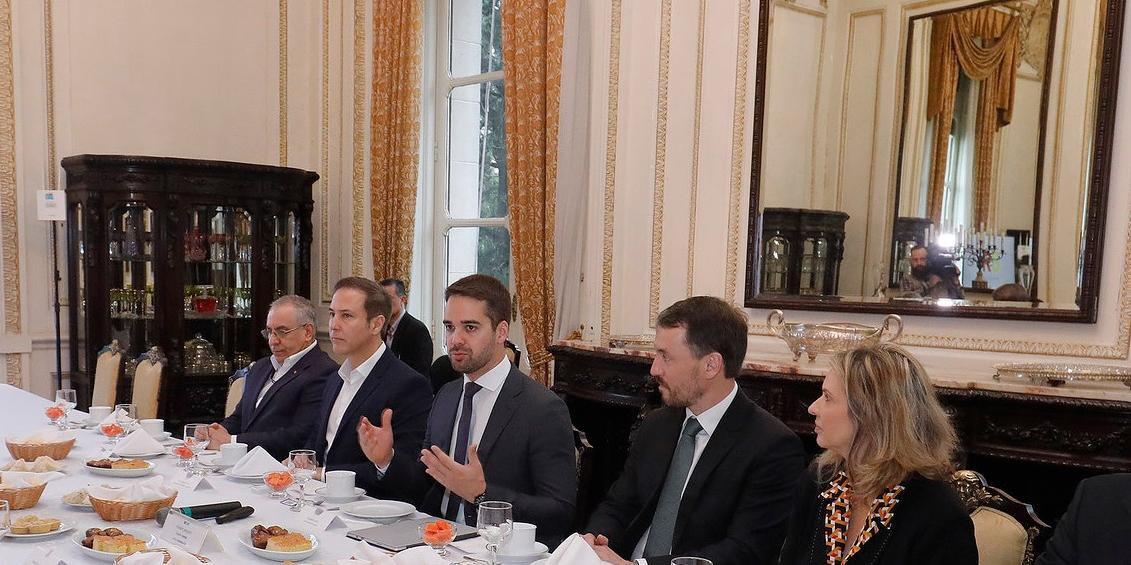Encontro reuniu representantes dos poderes no RS