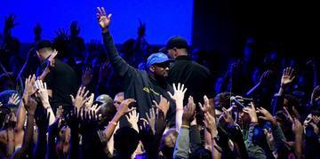 Jesus is King, novo álbum de Kanye West, finalmente chegou às plataformas de streaming nesta sexta