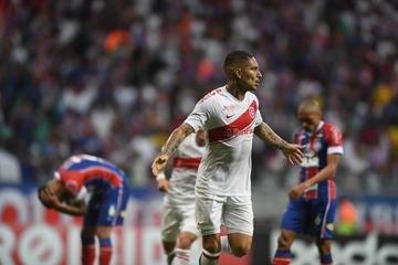 Guerrero marcou dois dos três gols do Inter contra o Bahia, na Arena Fonte Nova