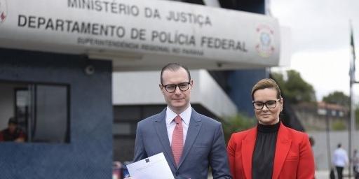 Advogados pediram a imediata liberação de Lula da sede da Polícia Federal em Curitiba