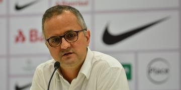 Vice de futebol, Roberto Melo, nega a possibilidade de demitir Zé Ricardo e acredita que técnico levará o Inter para a Libertadores