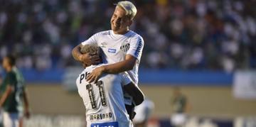 Soteldo e Marinho foram dos destaques da partida contra o Goiás