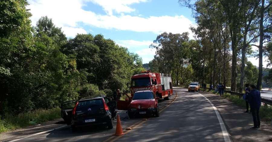 Acidente envolvendo quatro veículos deixa um morto na ERS 122, em Caxias do Sul - Jornal Correio do Povo