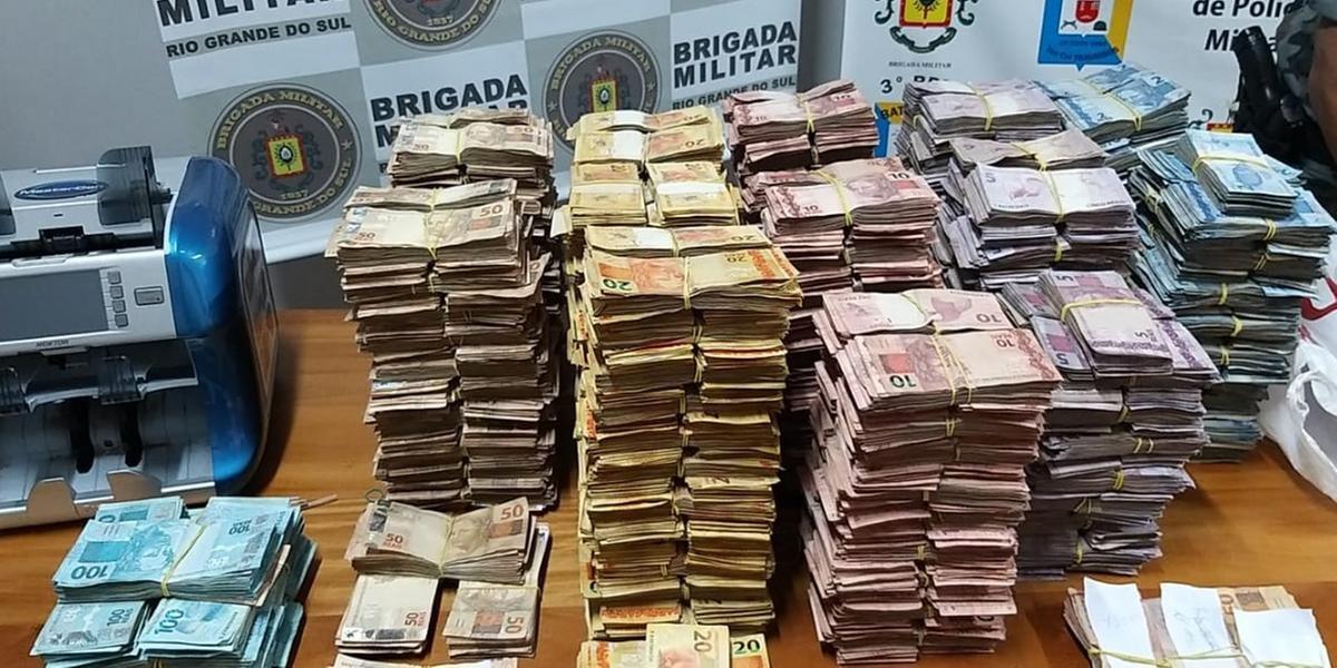 Dinheiro foi apreendido no bairro Canudos, em Novo Hamburgo