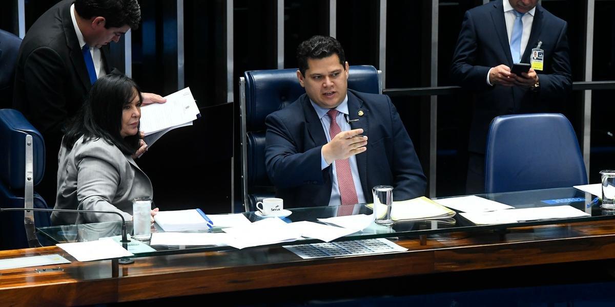 Compromisso foi acordado com presidente da CCJ nesta terça-feira