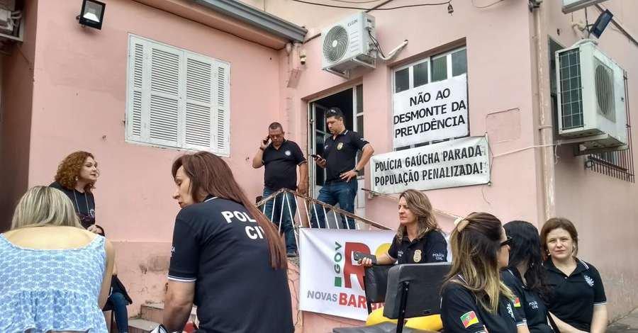 Policia Civil realiza protesto em Santa Maria - Jornal Correio do Povo