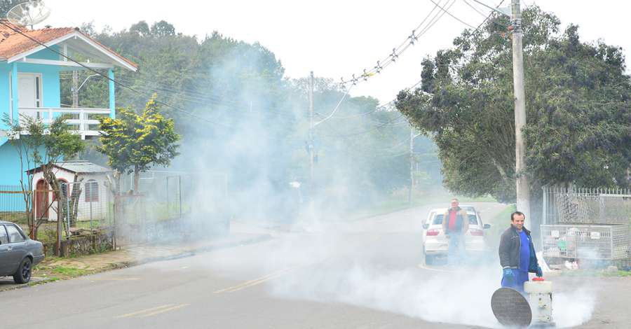 Termonebulização identifica ligações irregulares de esgoto em Caxias do Sul - Jornal Correio do Povo