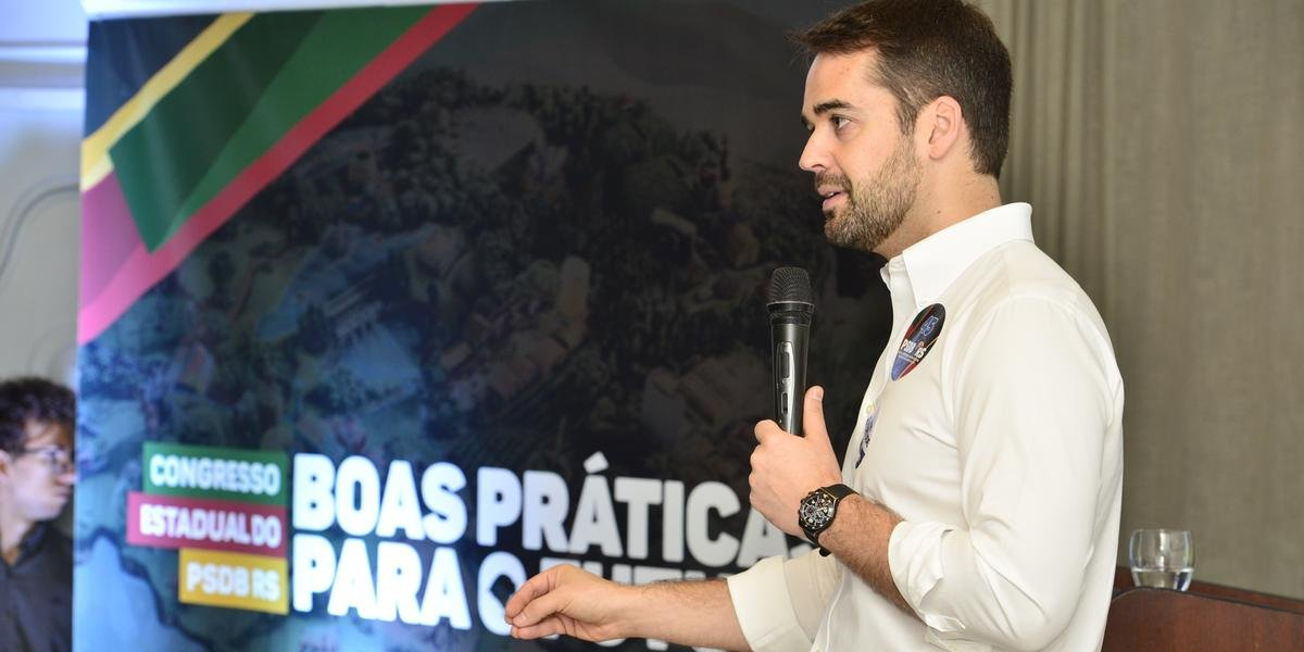 Governador Eduardo Leite fez o pronunciamento do congresso estadual do PSDB