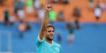 Rafael Moura deixou sua marca na partida