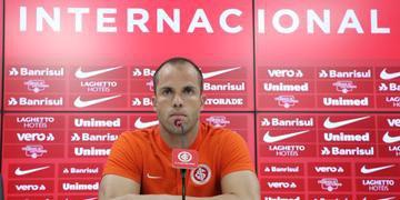 Marcelo Lomba lamentou queda de rendimento em casa, mas projeta