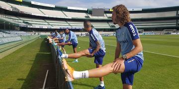 Grêmio fez primeiro treino em Curitiba na tarde desta segunda-feira