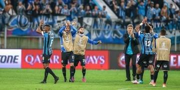 Grêmio espera confirmação da vaga direta para pensar no grupo de 2020