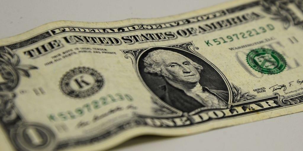 Real teve o melhor desempenho ante moeda americana entre 34 divisas mundiais