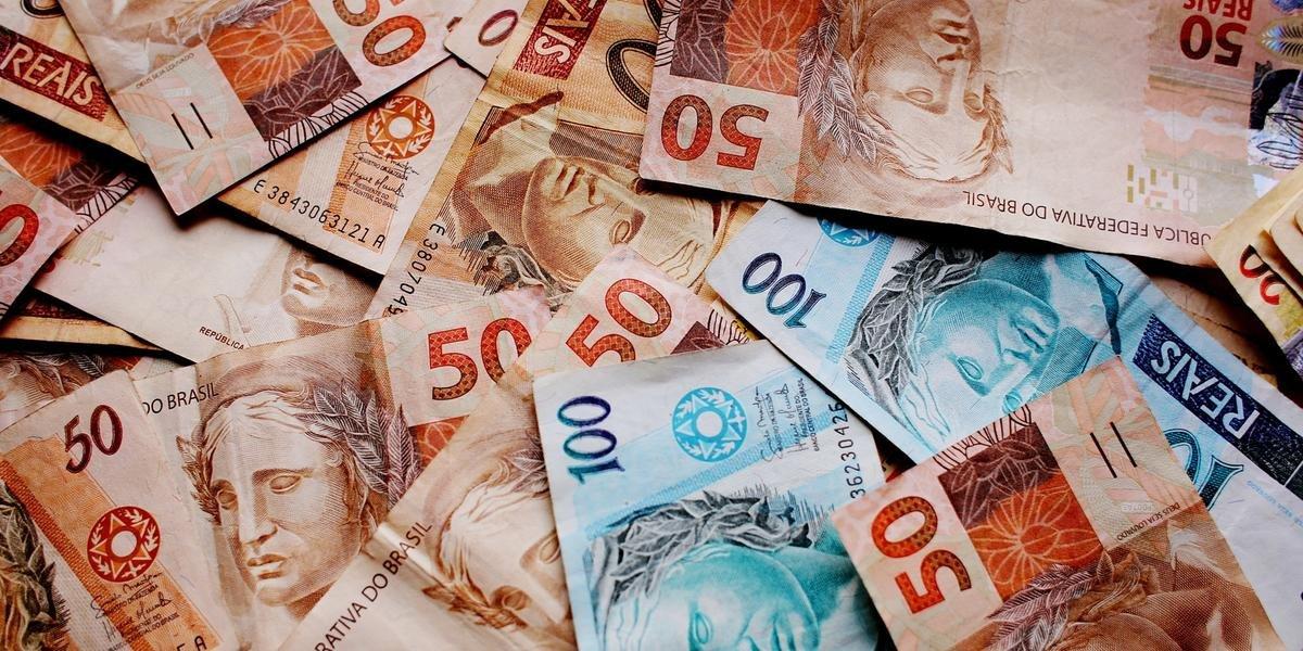 CMN limitou a 8% ao mês juros cobrados no cheque especial a partir de 2020