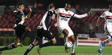 São Paulo venceu e ficou mais perto de vaga direta para a Libertadores