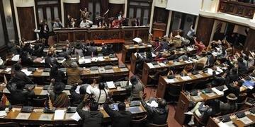 País busca recompor tribunal eleitoral
