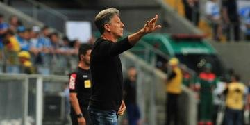Grêmio venceu São Paulo por 3 a 0 neste domingo