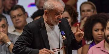 Lula foi condenado a 17 anos e um mês de prisão pelo Tribunal Regional Federal (TRF4)