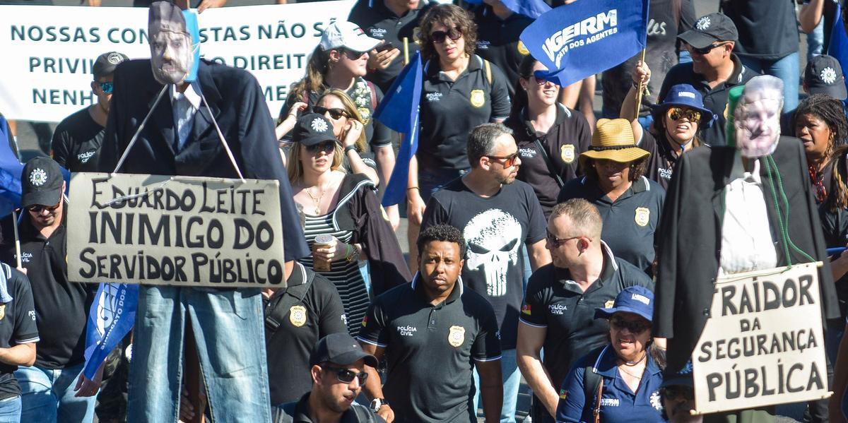 Sindicato da Polícia Civil aprovou greve caso pacote de Eduardo Leite vá à votação