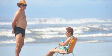 Marilda Silva, de 75 anos, conheceu o mar pela primeira vez