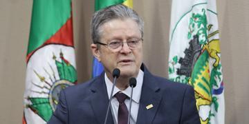 Flávio Cassina assume prefeitura até o final do ano
