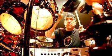 Peart foi considerado um dos melhores bateristas da história do rock