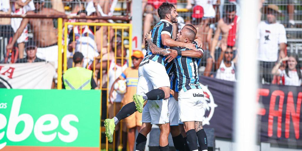 David Braz marcou o gol da primeira vitória do Grêmio na temporada e no Campeonato Gaúcho