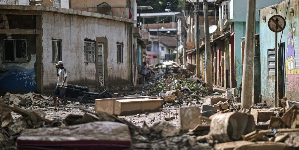 Destruição ainda não foi contabilizada, enquanto chuvas seguem castigando estado