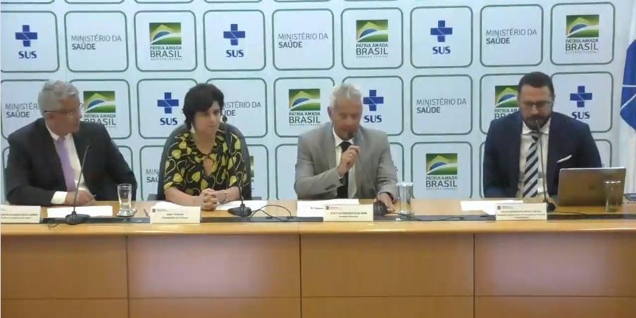 Ministério faz atualização diária sobre vírus no País