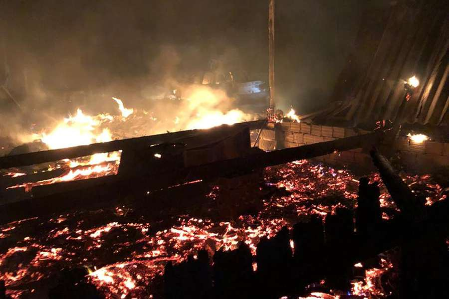 Incêndio destruiu casas em Capão Novo