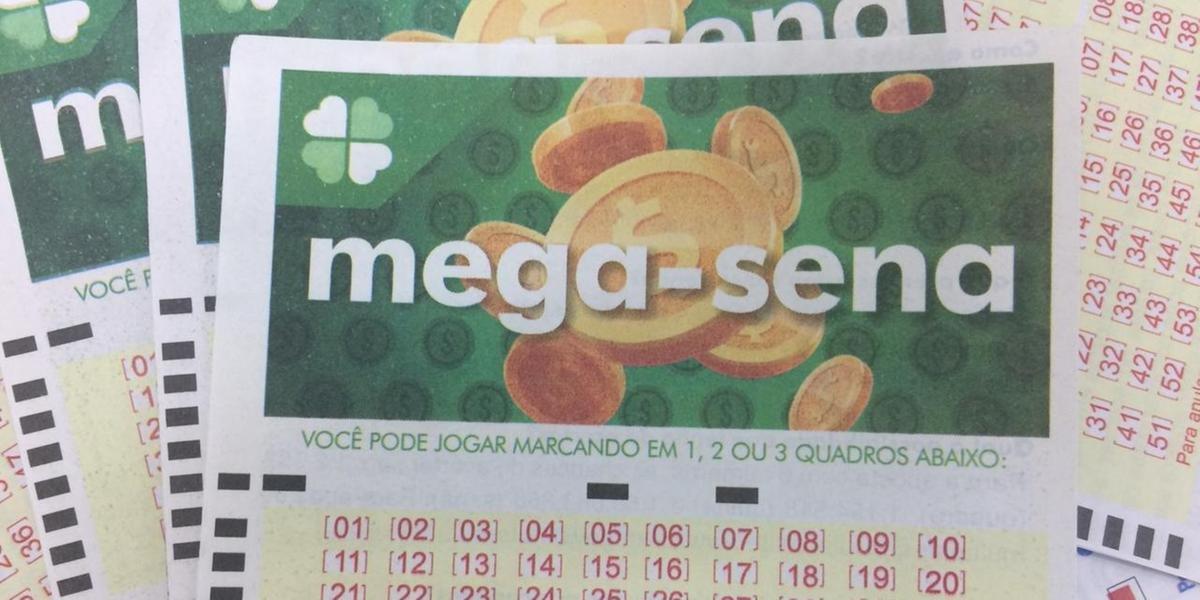 Mega-Sena acumulou neste sábado