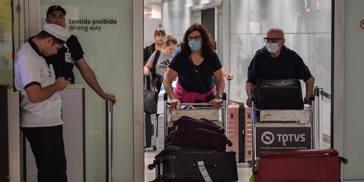 Resultado de imagem para Mais 5 mil médicos do 'Mais Médicos' são convocados para combate ao coronavírus