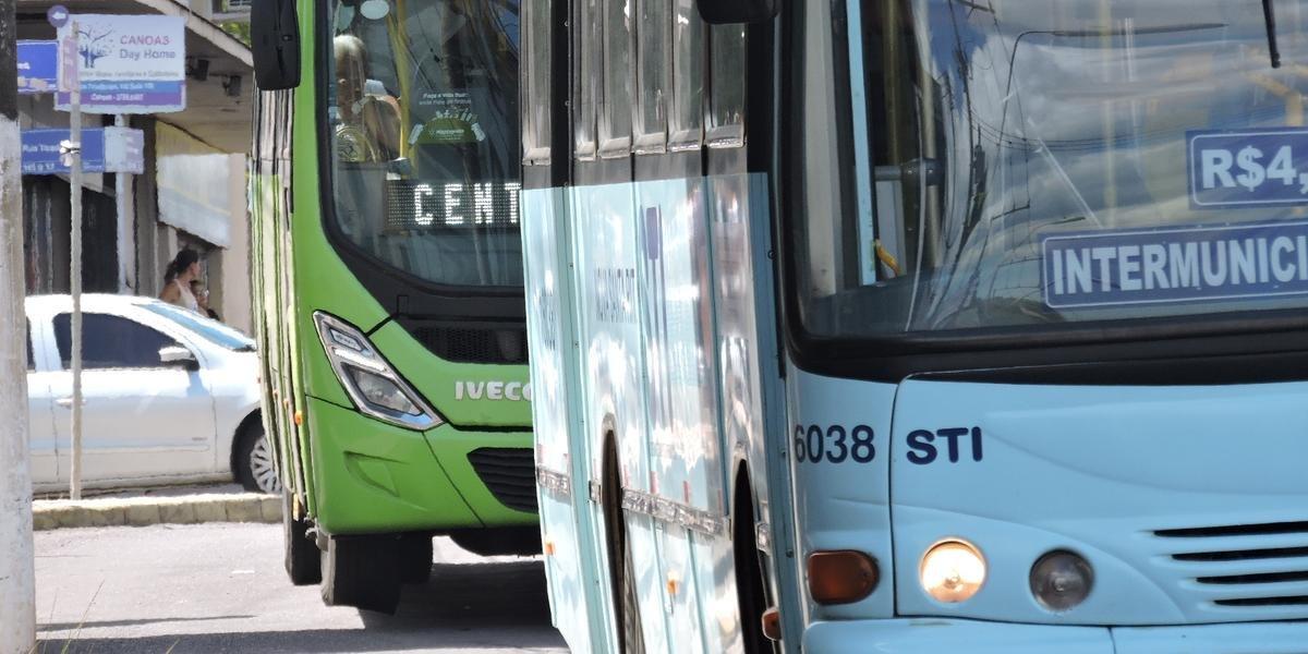 Segundo a Metroplan, a frota deve transitar com as janelas abertas