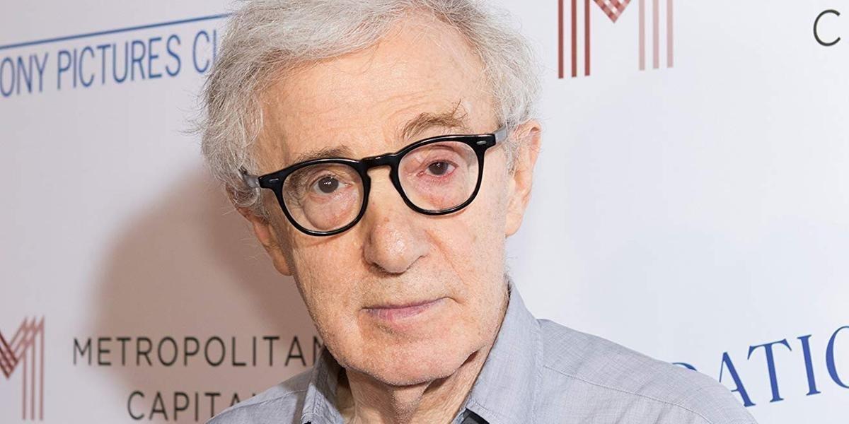 Woody Allen lança seu livro de memórias de forma discreta