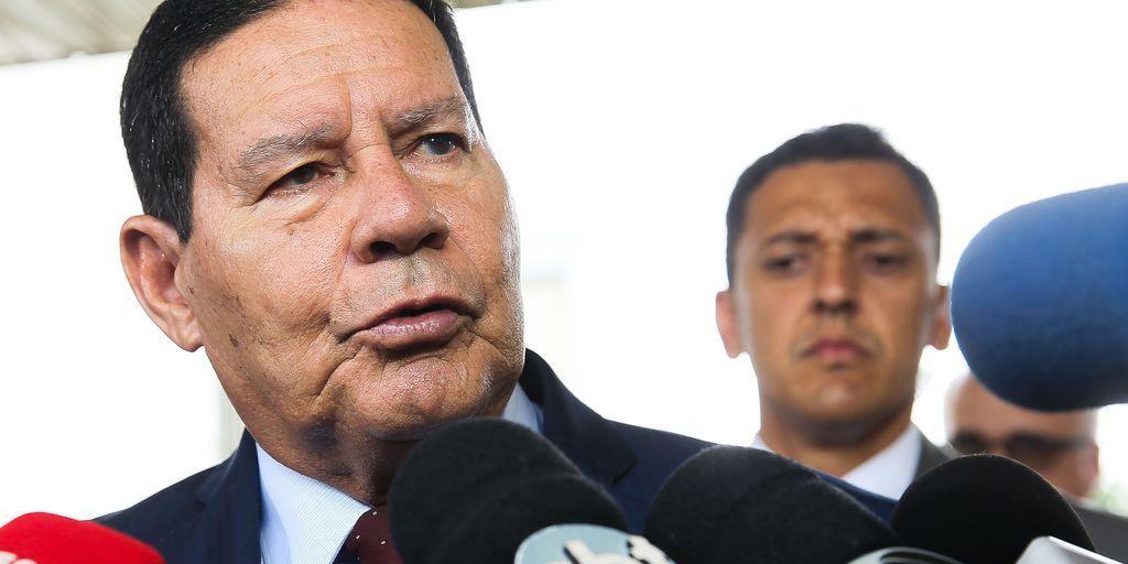 Vice-presidente disse que Bolsonaro não se expressou da melhor forma durante pronunciamento dessa terça-feira