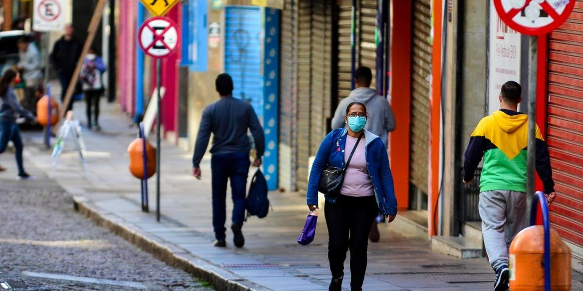 Porto Alegre chega aos 355 casos
