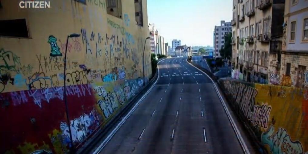 Imagem do Túnel da Conceição apareceu durante a participação de Billie Joe