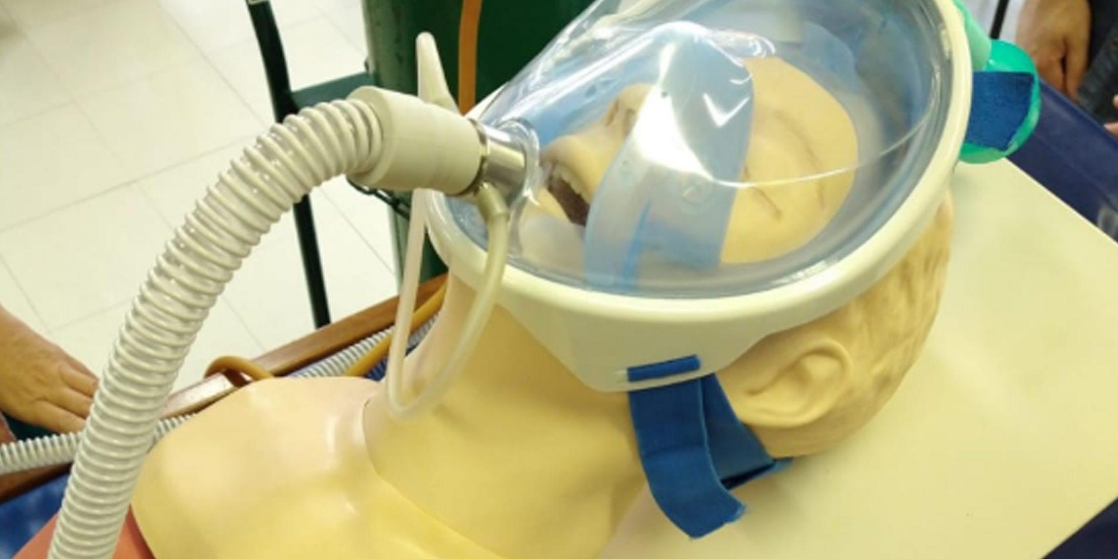 Santa Casa de Uruguaiana recebe máscaras que podem evitar uso de respiradores por intubação