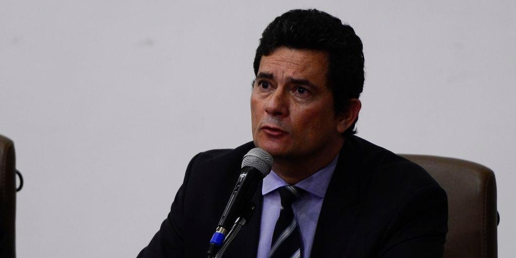 Moro avalia que Brasil está em situação complicada com outra saída do Ministério da Saúde