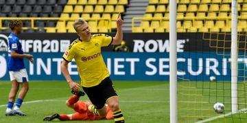 Haaland marcou o primeiro gol do Borussia Dortmund