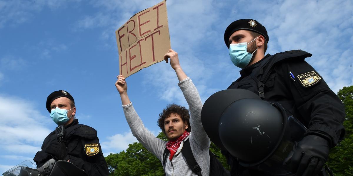Manifestantes protestam na Alemanha
