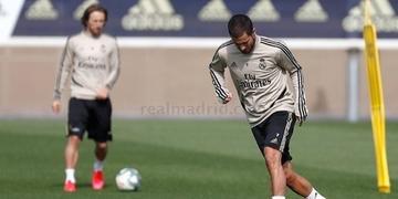 Medida permite que Real Madrid, Atlético e Barcelona possam treinar em grupos a partir desta segunda-feira