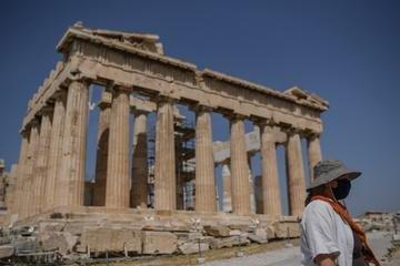Acrópole de Atenas reabriu após confinamento na Grécia