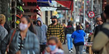 Algumas pessoas que transitavam pelas ruas da região central da Capital não usavam máscaras