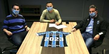 Darlan renovou contrato com o Grêmio até o final de 2023