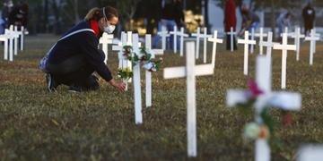País já registra mais de 57 mil mortes pela doença